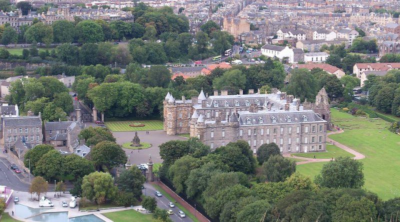Edimburgo come… storia, letteratura e magia